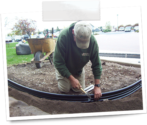 Edging install basics landscape edging lawn edging for Alternative garden edging