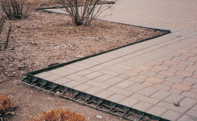 paver-edging-mistakes002